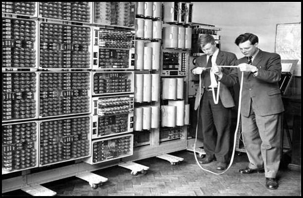 Mengenal Sejarah Komputer dari Generasi ke Generasi