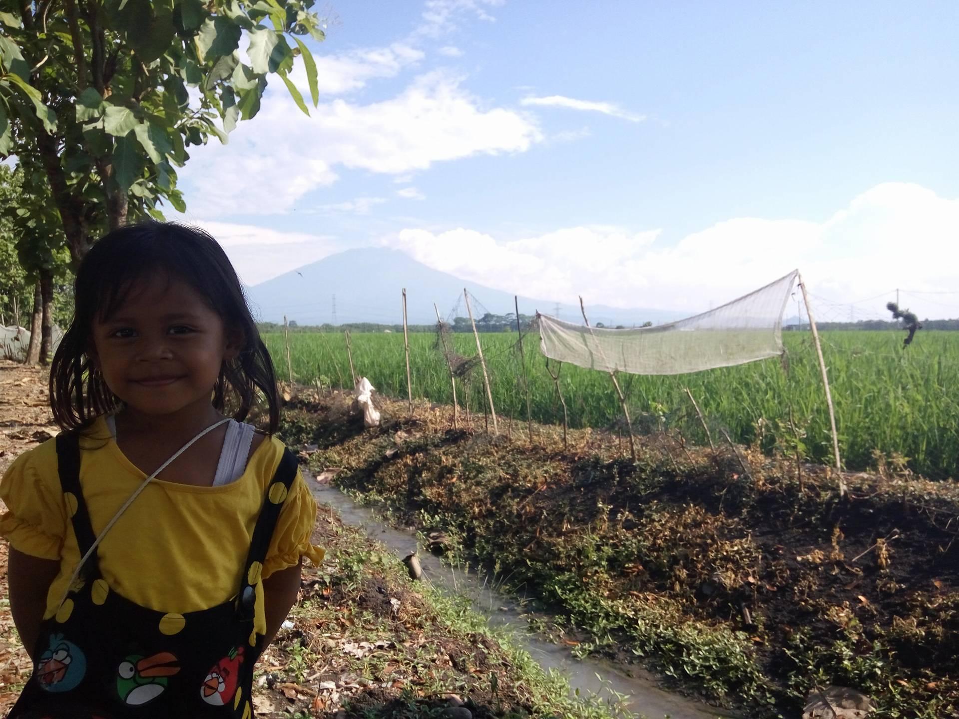 Zizi Ikut Jalan Jalan ke Ngawi