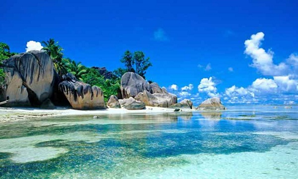 Pesona Pulau Belitung