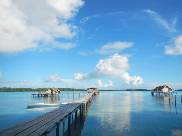 Pesona Keindahan Kepulauan Widi