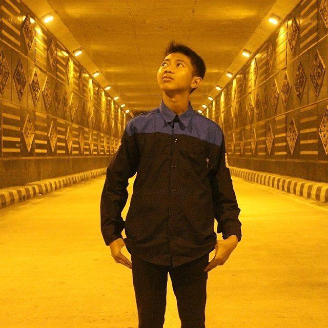Muhamad Sayid Hidayat - Multimedia SMK Budi Utomo 2017