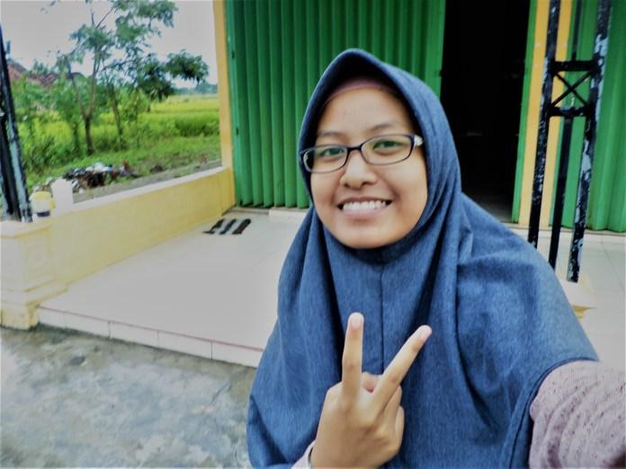Nadya Nurhaliza - Multimedia SMK Budi Utomo 2017