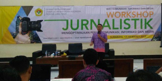 Ali Mustika Sari Salah Satu Pemateri Workshop Jurnalistik LDII Jawa Timur