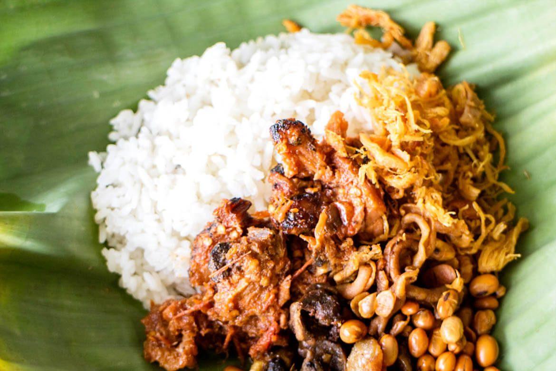 Nasi Balap Puyung Makanan Khas Lombok
