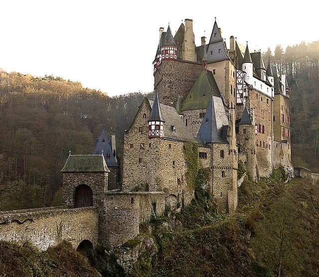 Kastil Eltz, Jerman