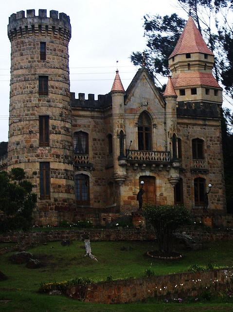 Kastil Marroquín, Kolombia
