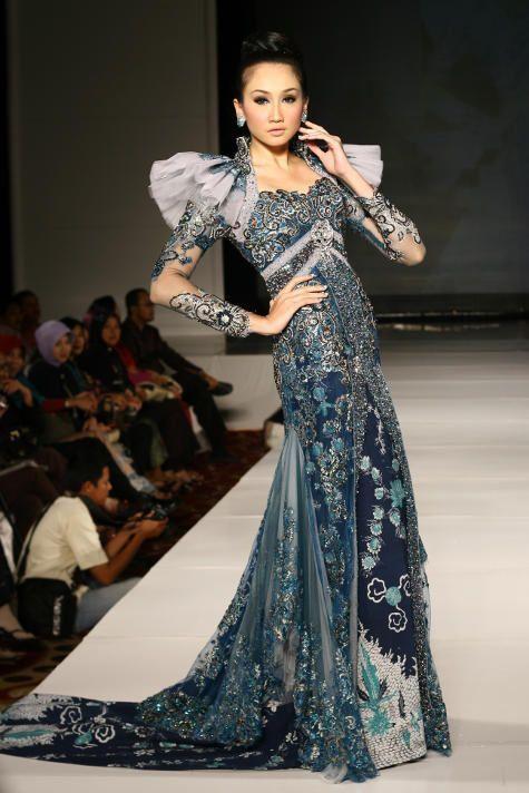 Kebaya-Karya-Desainer-Terkenal-Di-Indonesia