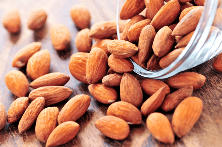Konsumsi Kacang Almond