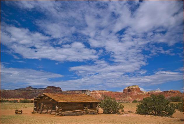 Rumah Hantu Tertua di Dunia Ghost Ranch, Amerika
