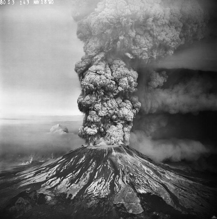 Gunung Meletus Krakatau