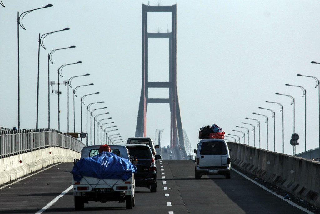 Keindahan Jembatan Suramadu