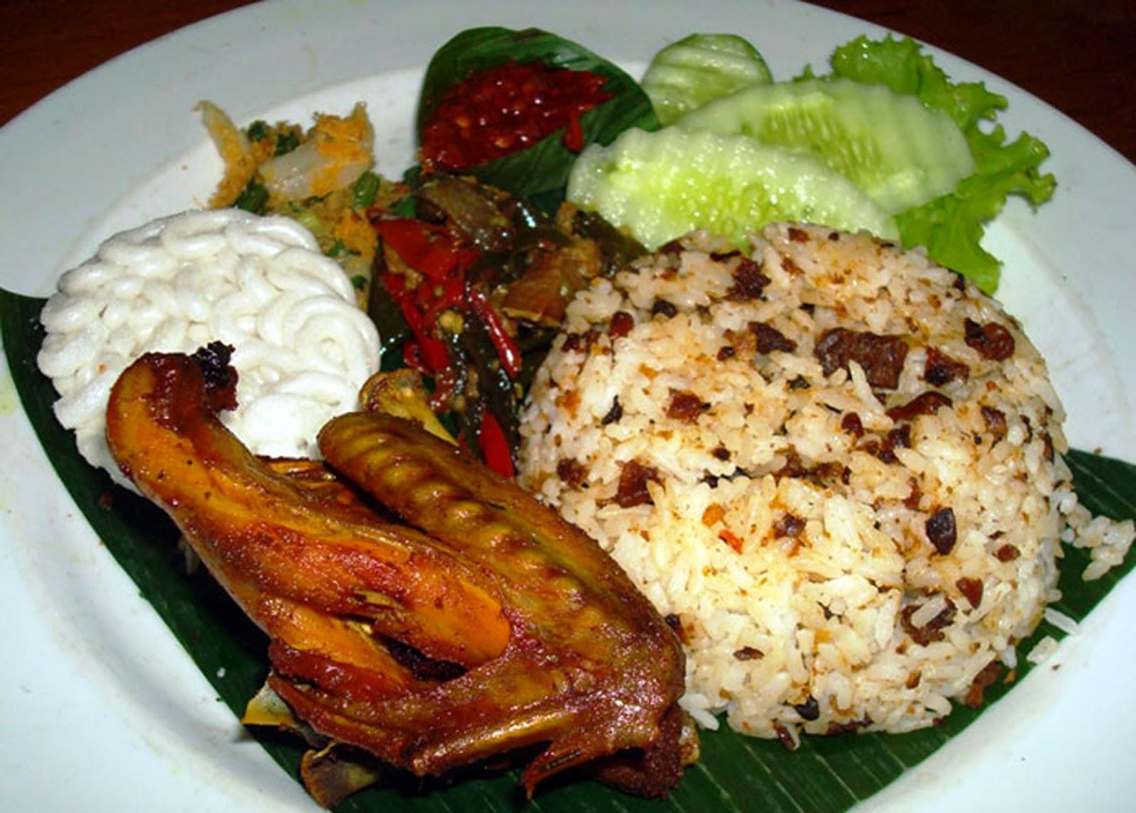 Nasi Tutug Oncom Makanan Khas Bandung