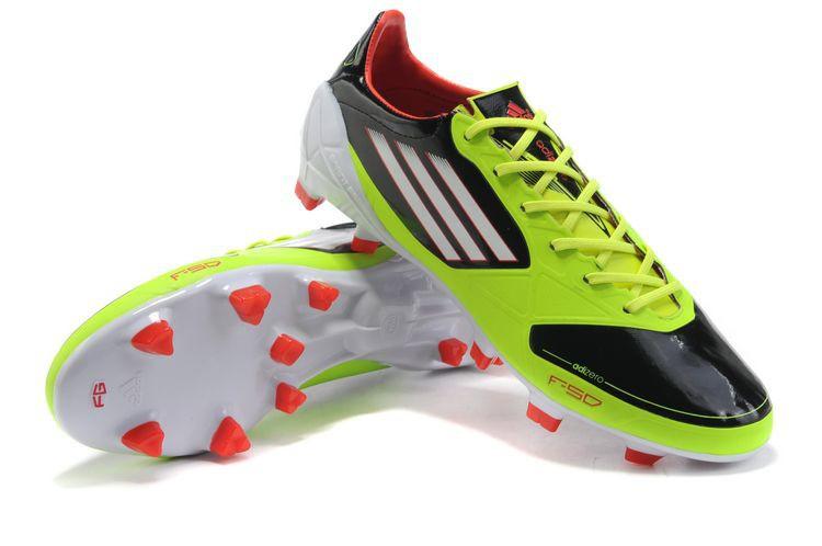 Sepatu Futsal Baik dan Nyaman