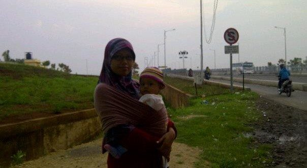 Anak dan Istri Ali Mustika Sari