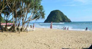 Menikmati Wisata Pulau Merah Banyuwangi yang Begitu Menakjubkan